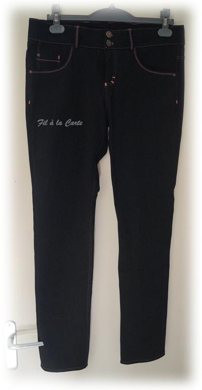 Jeans noir corail