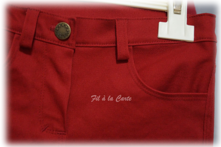 Jeans rouge 6a+2
