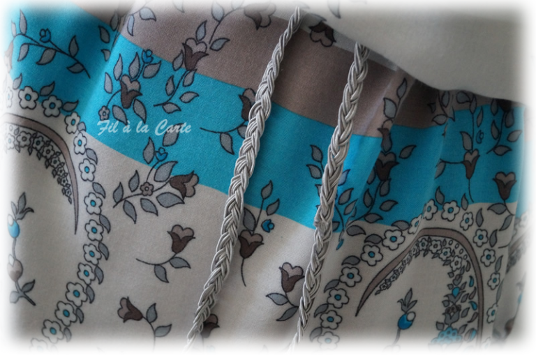 Tunique fleuri bleu blanc7