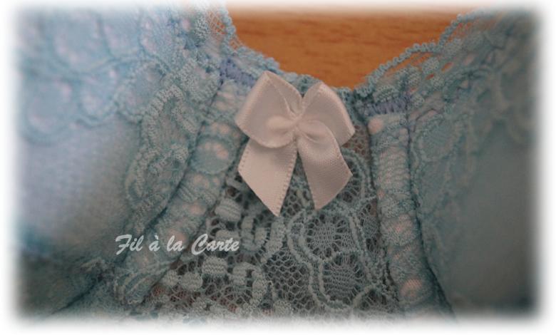 Sous vêtement blanc turquoise4